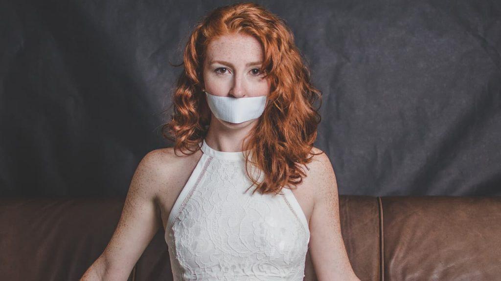 Perfil de mujer maltratada.